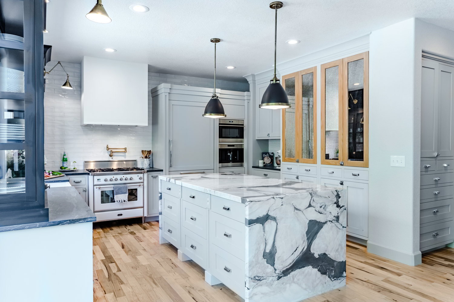 Industrial French Kitchen Project takes the Gold with help from ILVE