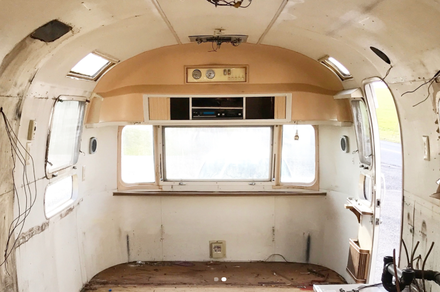 Verona Wall Oven Helps Give New Life to a 1972 Airstream